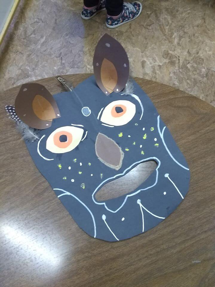 Students African mask art project
